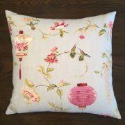 Cushion| Hummingbird Front | Wendy Kaesar
